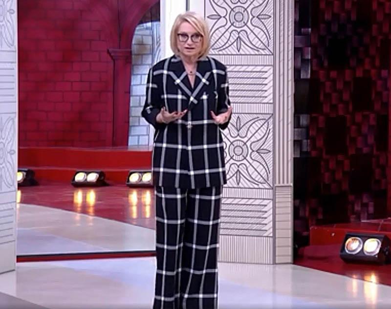как одевается эвелина хромченко, эвелина хромченко модный приговор