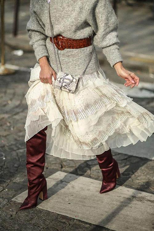 шифоновое платье со свитером, платье со свитером, платье со свитером сверху, как носить платье со свитером