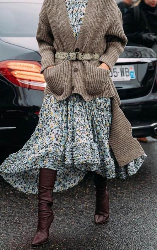 Летнее платье со свитером, платье со свитером, платье со свитером сверху, как носить платье со свитером, шифоновое платье со свитером